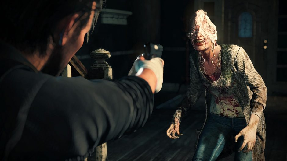 The Guardian is op jacht naar Sebastian in angstaanjagende gameplaybeelden van The Evil Within 2